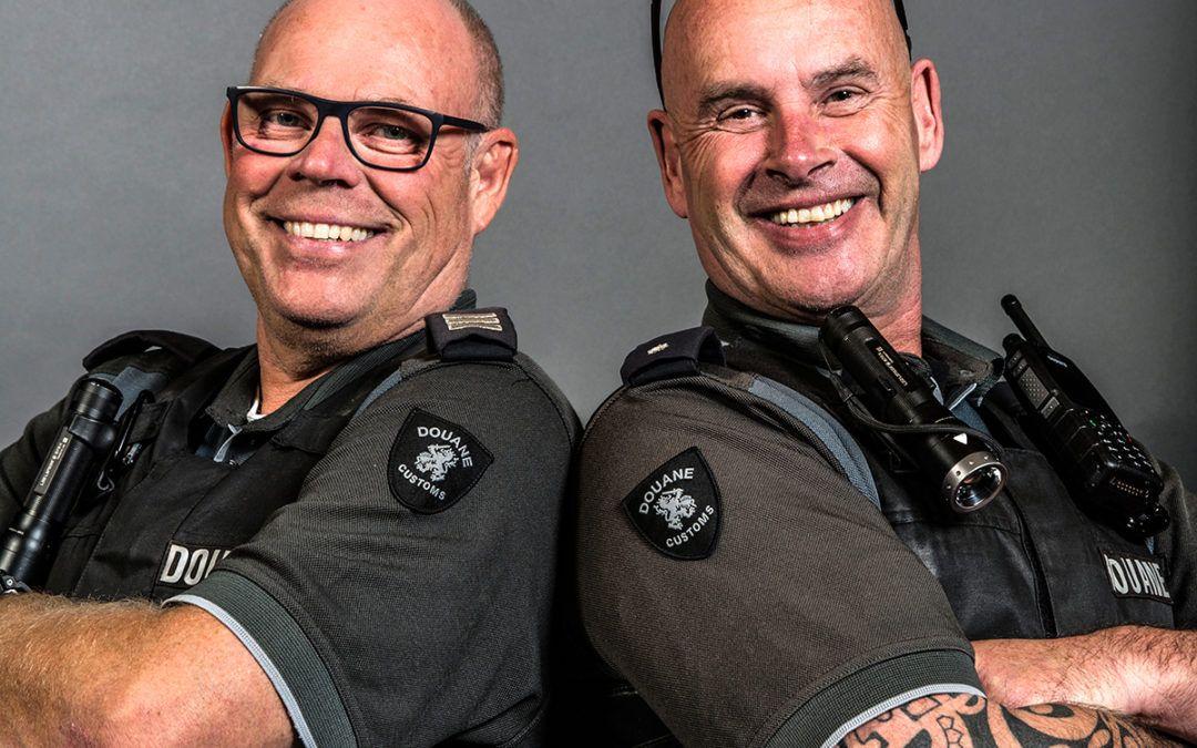 Portret van 2 Douaniers in Rotterdam